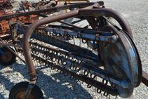 Ford 14-19 RAKE - Farm Tractors & Equipment