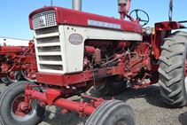 1963 Farmall 560 - Farm Tractors & Equipment