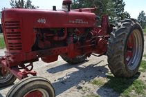 1956 International Harvestor 400 - Farm Tractors & Equipment