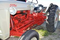 1953 Ford JUBILEE - Farm Tractors & Equipment