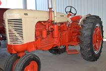1964 Case 400 - Farm Tractors & Equipment