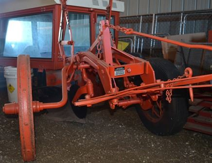 Allis Chalmers PLOW - Farm Tractors & Equipment